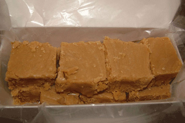 1 Pound of Creamy Peanut Butter Fudge Ready to Ship